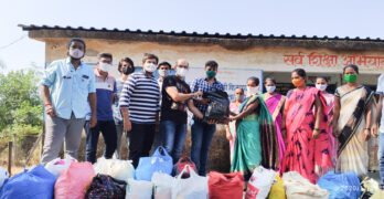 Leo-Club-of-tarapur-Cloth-Donation